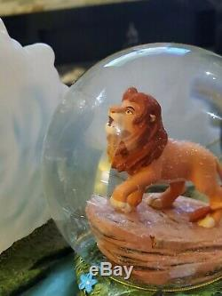 DISNEY LION KING MUSICAL Light Up Snowglobe Globe ultra Rare Large