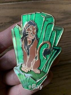 Disney Shopping pin Scar Lion King Villains Boys Club LE 125