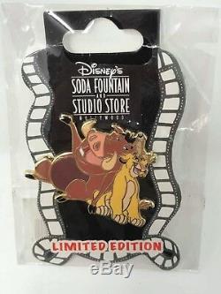 Disney Simba Timon and Pumbaa Singing LE 150 Surprise Lion King Pin DSF DSSH