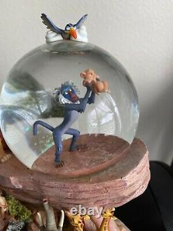 Disney Store The Lion King Pride Rock Circle of Life Musical Snow Globe