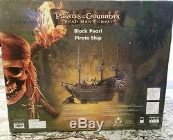Coffre Mort De Pirates Des Caraïbes Disney Rc Black Pearl Remote Ship Rare