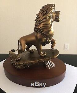 Disney Cast Service Award Membre 20 Ans Simba Le Roi Lion En Bronze Statue Figurine