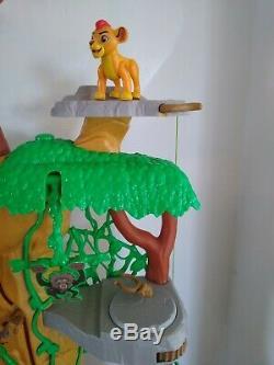 Disney Le Roi Lion / Lion Garde De Formation Lair Playset Et Figures Bundle Rare