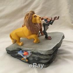 Disney Le Roi Lion Simba Pride Rock Cercle De La Vie Ed Ltd. Montre Épinglette Boîte Figurines