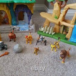 Disney Lion King. Guard Lion Playsets Preide Terrain Entraînement Lair Scar