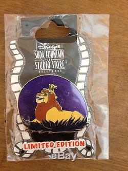Disney Pin Dsf Roi Lion Simba & Mufasa Purple Sky Le 300 À Partir De 2011 Epuisé