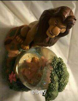 Disney The Lion King Mufasa Et Simba Snow Globe. Rare