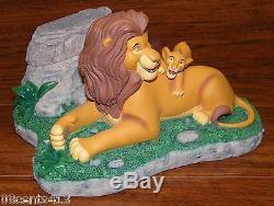 Disneys Le Roi Lion Ne Peut Pas Attendre D'être Roi De Costa Alavezos Avec Un Pin Rare À Timon