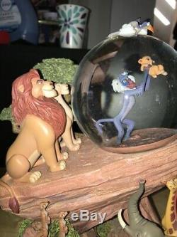 Globe Musical Disney Le Roi Lion Snowglobe Joue Le Cercle De La Vie