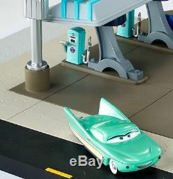 P / S Disney / Pixarcars Flo's V8 Cafe Precision Series