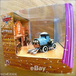 Paquet De 2 Moulages Sous Pression Disney Pixar Cars Stanley & Lizzie Wedding Day