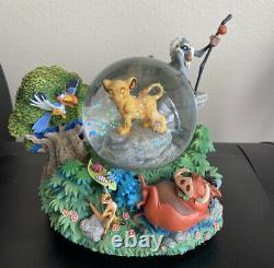 Rare Disney Lion King'i Ne Peut Pas Attendre D'être Le Roi Simba Musical Snowglobe