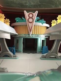 Ressorts De Radiateur Flos V8 Cafe De La Série Precision De Disney Pixar Cars Dans L'emballage