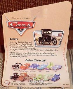 Série Lizzie Desert De Disney's Cars (12c Sans Logo) Logo Ford Sur Le Dessous Du Moc