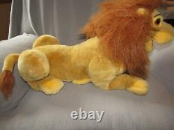 The Lion King Stuffed Peluche Disney Store Simba & Sarabi / Nala Puppet Big Large