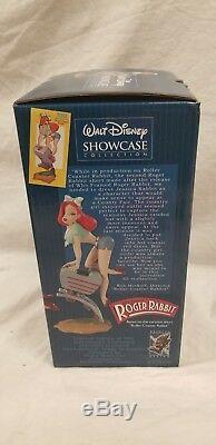 Tiki Électrique Sideshow Disney Jessica Roger Rabbit Rose Statue Maquette Figure