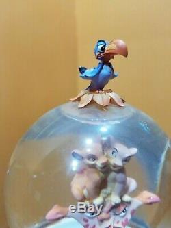 Video Disney Lion Roi Girafe Simba Faire Pivoter Le Globe De La Neige Double Bubble Music